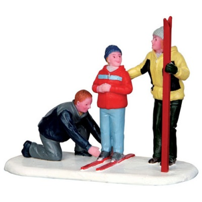Lemax New Skis - Figurine (42247)