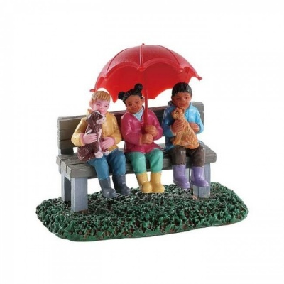 Lemax Rainy Day With Friends - Figurine (82577)