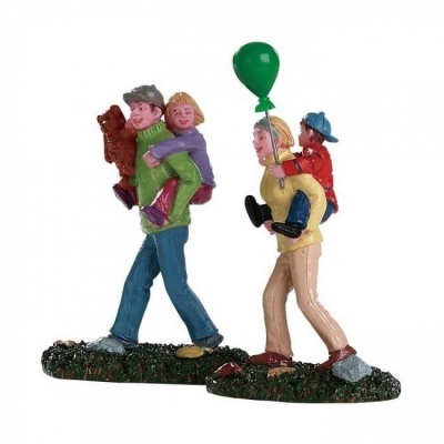 Lemax Coming Home From The Fair - Figurines - Set of 2 (82582)