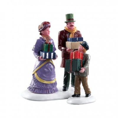 Lemax Walking Family - Figurines - Set of 2 (82605)