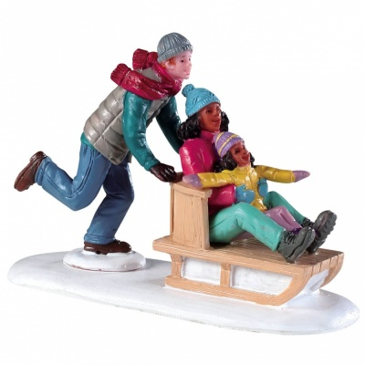 Lemax Family Snow Day - Figurine (92755)