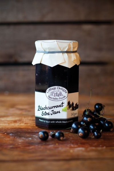Cottage Delight Blackcurrant Jam With Extra Jam 340g