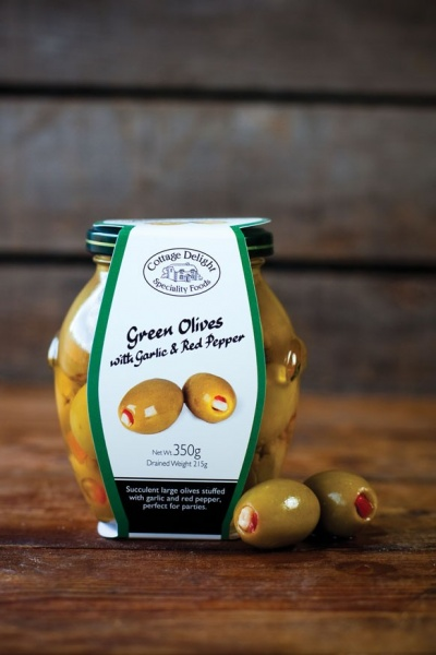 Cottage Delight  Green Olives with Garlic and Red Peppers 350g