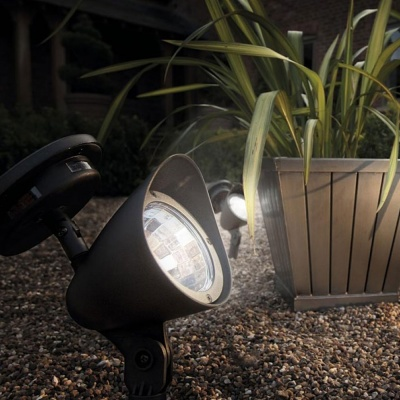 Cole & Bright Garden Solar Spot Light (18395AD)